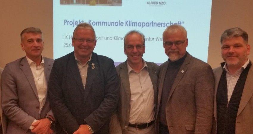 Fraktionsmitglieder bei Info-Veranstaltung Klimapartnerschaft Alfred Nzo